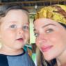 Atriz Luma Costa é criticada por comprar roupa de loja de departamento para o filho