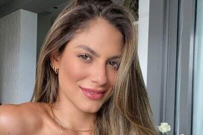 "Ex-BBB Mari Gonzalez ostenta saúde de biquíni e recebe elogios dos fãs: ""Gata!"""