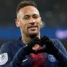 """Apaixonado? Neymar revela que irá namorar em 2021: """"Só falta ela saber"""""""