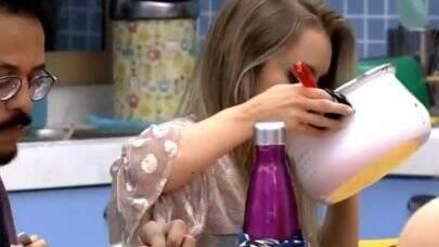 BBB21: Após Caio e Carla reclamarem de perda do paladar, Globo faz teste de Covid em todos os participantes