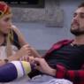 """BBB21: Ex-namorada de Arthur viraliza na web e semelhança com Carla Diaz choca: """"Gêmeas"""""""