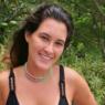 """Filha de Fátima Bernardes exibe shape bronzeado ao posar de biquíni: """"Feliz"""""""