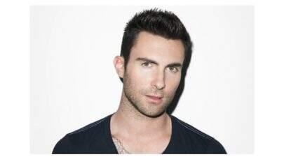 Adam Levine, vocalista do Maroon 5, compra mansão avaliada em R$ 126 milhões; veja fotos!