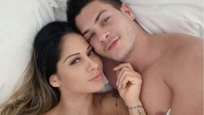 """Arthur Aguiar comenta especulações de reconciliação com Mayra Cardi: """"Só não vê quem não quer"""""""