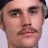 """Justin Bieber celebra 27 anos e recebe mensagem especial de esposa: """"Ser humano favorito"""""""