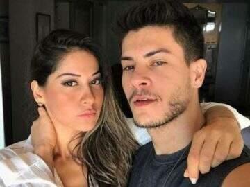 Mayra Cardi promete live para explicar relacionamento com Arthur Aguiar