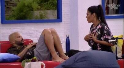 """BBB21: Projota chora e desabafa com Pocah: """"Não aguento mais essas pessoas"""""""
