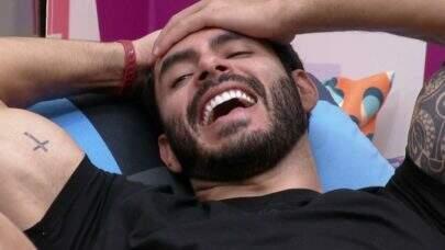 BBB21: Ex-BBB Rodolffo vira meme após não entender pergunta de Ana Maria Braga