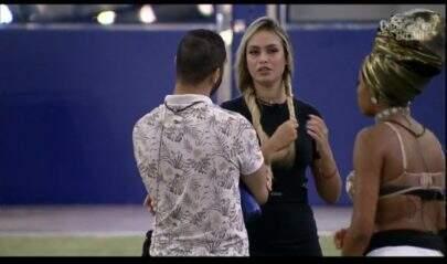 """BBB21: Sarah sobre possível eliminação de Lumena: """"Se sair é paredão falso"""""""