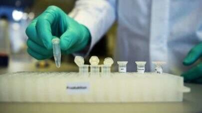Argentina se torna primeiro país da América Latina a produzir a vacina russa contra covid-19