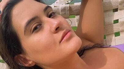 """Filha de Fátima Bernardes renova bronzeado e exibe marquinha: """"Fresh"""""""