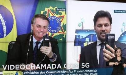 Bolsonaro e ministro das Comunicações têm primeira ligação por 5G do país