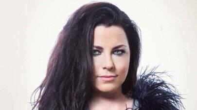 """Amy Lee comenta dificuldade com gravadora na época do lançamento do hit """"Bring Me To Life"""""""