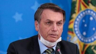 Sem máscara, Bolsonaro visita cidade em Goiânia neste sábado (16) e causa aglomeração