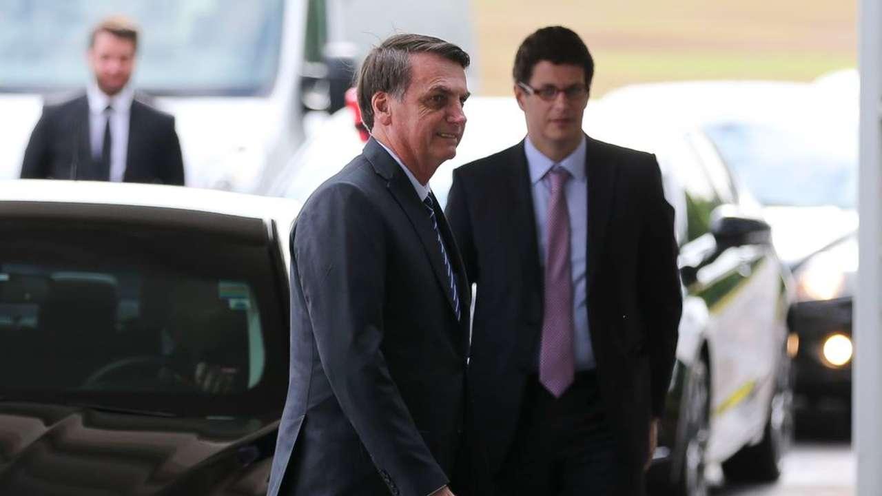 Bolsonaro deve seguir ideias de Salles na Cúpula sobre o clima