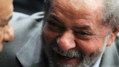 Votação sobre a anulação das condenações de Lula irem para o plenário teve 9 votos contra 2 no STF