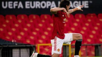 Com gol de Cavani, Manchester United derrota o Granada e está nas semifinais da Europa League
