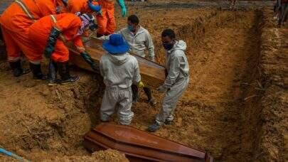 Com mais de 374 mil mortes por Covid, Brasil registra 1.347 óbitos em 24h