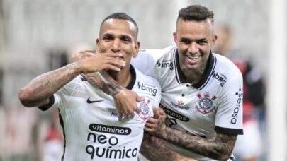 Com reservas, Corinthians volta a vencer no Paulistão