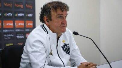 """Cuca rebate declaração de Hulk, no Atlético-MG: """"Se dá minutos quando o jogador te dá respaldo"""""""