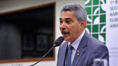 """Deputado pretende adiar a votação da privatização dos Correios e diz que, se concretizada agora, geraria uma """"crise social"""""""