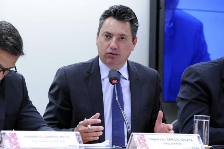 Deputado Sérgio Souza (MDB-PR), presidente da Frente Parlamentar da Agropecuária em pronunciamento