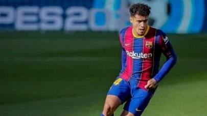 Em processo de recuperação da lesão no Brasil, o jogador Philippe Coutinho posta mensagem otimista nas redes sociais