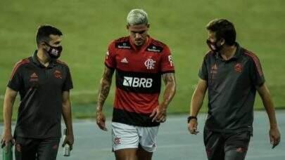 Pedro não é relacionado para a partida contra o Vasco e segue em recuperação de uma lesão