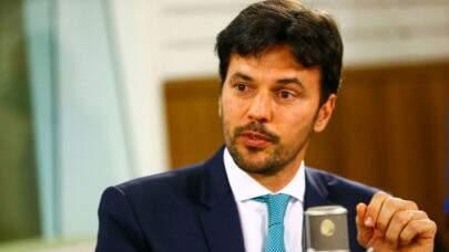 Troca na Secretaria Especial de Comunicação Social coloca PM a comando da pasta, a pedido de Bolsonaro