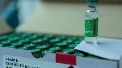 França registra mais 5 casos de trombose depois de aplicação da vacina de Oxford