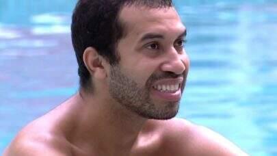 """BBB21: Gilberto comenta sobre reação em Jogo da Discórdia: """"Foi bem falso, mas me esforcei"""""""