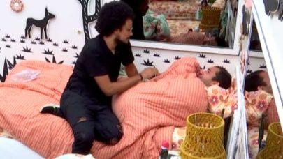 """BBB21: Gilberto chora após Jogo da Discórdia e lembra de Sarah: """"Esse negócio mexe demais"""""""