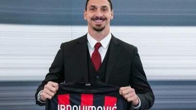 Ibrahimovic renova contrato com o Milan até junho de 2022