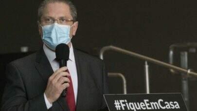 Kit-intubação: estoque atual em São Paulo é suficiente para 48 horas, diz secretário da saúde