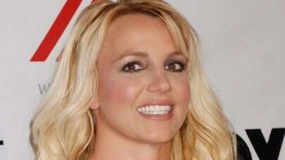 Mãe de Britney Spears faz acusação contra o pai de Britney no tribunal