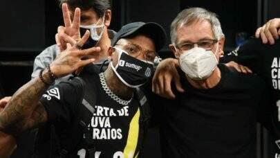 """Marinho se desculpa por postura após substituição no Santos: """"Minha atitude foi péssima!"""""""