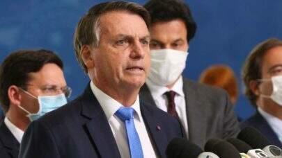 OAB pede que Bolsonaro responda por mortes causadas por negligência na pandemia