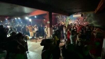 Procon e Polícia fecham festa e bingo clandestinos em São Paulo
