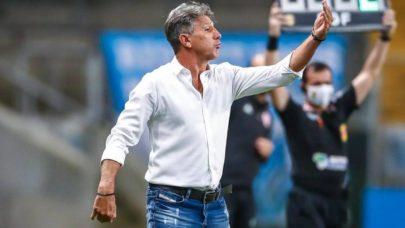 Renato Gaúcho deixa Porto Alegre com homenagem da torcida do Grêmio