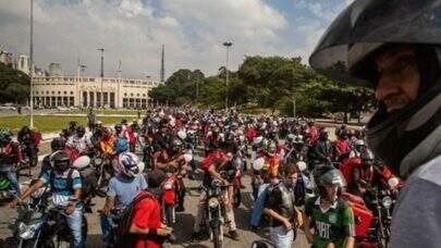 São Paulo: Entregadores param hoje e irão bloquear entrada de shoppings