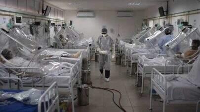 SUS recebe remédios do 'kit intubação' em mandarim, e entidades pedem tradução para evitar riscos