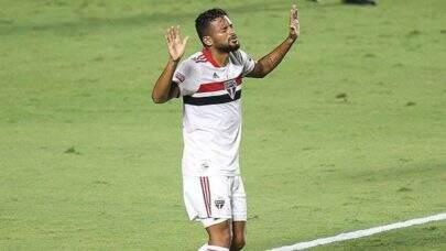 Reinaldo prorroga contrato com o São Paulo até dezembro de 2022