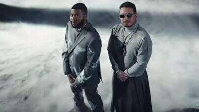 "Cantando sobre a falta de um amor, J Balvin e Khalid se unem no clipe bilíngue de ""Otra Noche Sin Ti"""