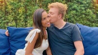 """Irmão de Michel Teló e esposa sofrem acidente: """"Nosso carrinho tombou"""""""