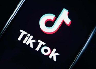 """TikTok abrirá um centro de """"Transparência"""" disponível aos especialistas externos sobre recomendações de conteúdo e segurança da plataforma"""