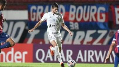 Zaga do Santos é destaque em passes certos na Libertadores