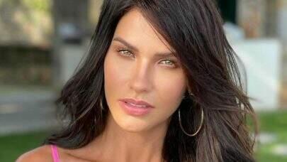"""Andressa Suita posa só de roupão e exibe novo visual aos seguidores: """"Conseguiu ficar mais linda"""""""