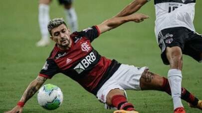 Arrascaeta assume sétima posição no ranking de artilheiros estrangeiros do Flamengo