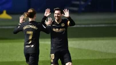 Com dois gols de Griezmann, Barcelona vence o Villarreal no Campeonato Espanhol