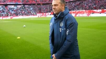 """Técnico do Bayern de Munique elogia Mbappé e Neymar: """"Sabem jogar muito bem futebol"""""""